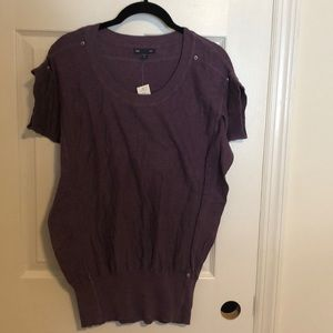 Tops - NWT: Gap sz M. Purple shirt sleeve knit top